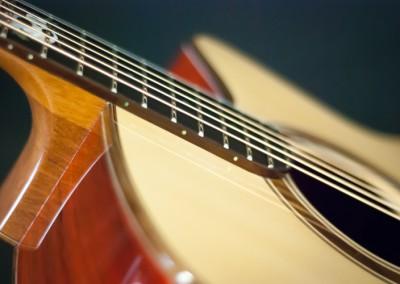 4.Guitare Jumbo Damien Leturcq détail
